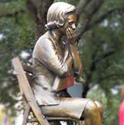 Gold Star Mom lifesize bronze monumental bronze sculpture, statue of Gold Star Mom by Tom White, public bronze commission sculptor, Brazoria County Ring of Honor veterans memorial bronze statue, military sculpture memorial, war memorials in bronze, soldier statues, family portrait bronze commissions, commission a sculpture